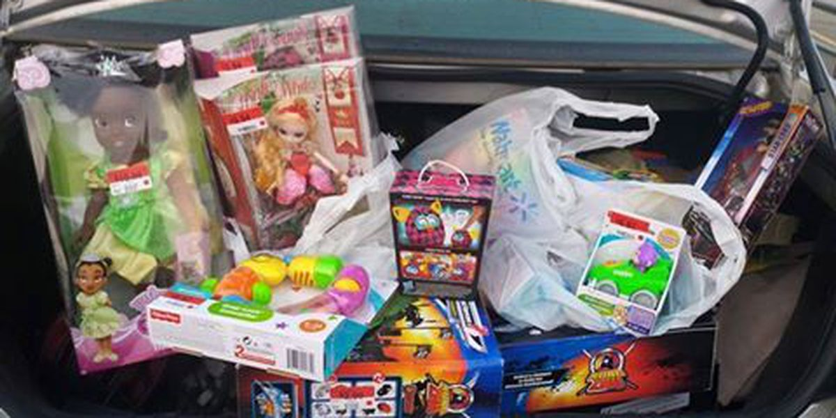 Roy's Kids helps struggling families have bountiful Christmas