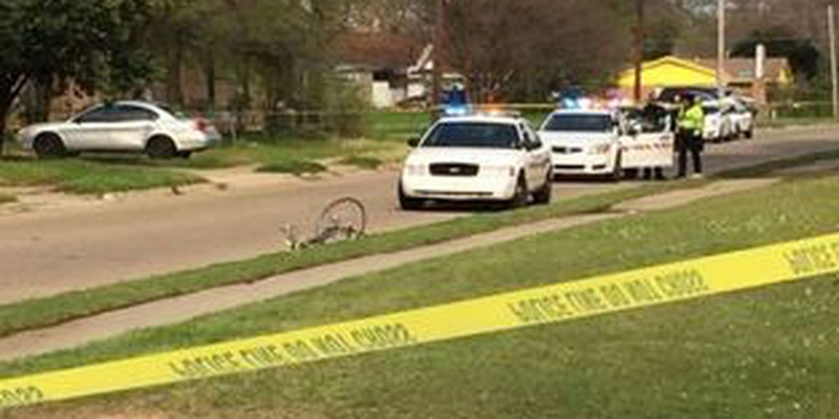 Shreveport cyclist seriously injured when hit by car
