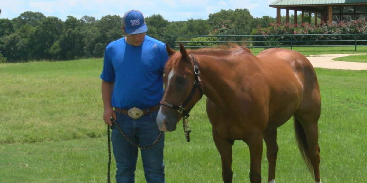 East Texas athletes shining on National Rodeo stage