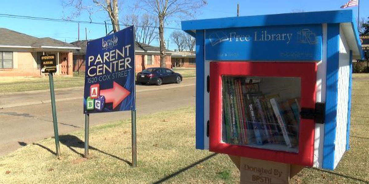 Bossier Parish students build free little libraries