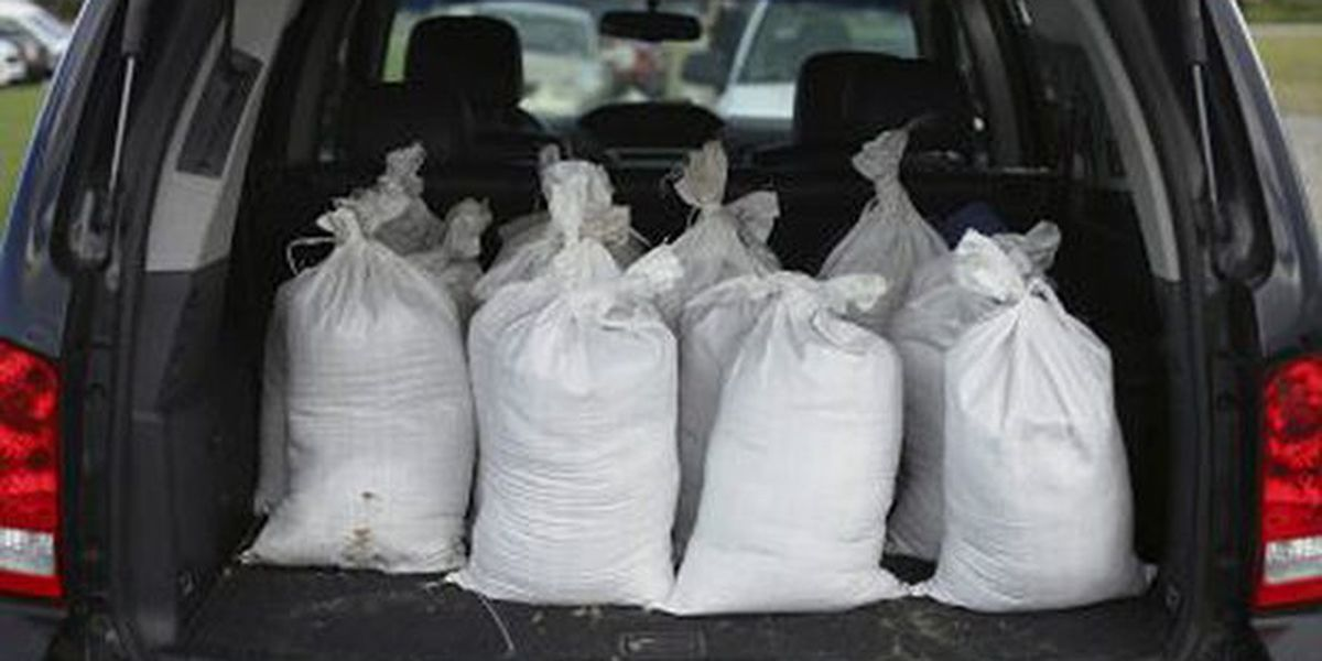 People of French Settlement use sandbags leftover from Laura to prep for Sally