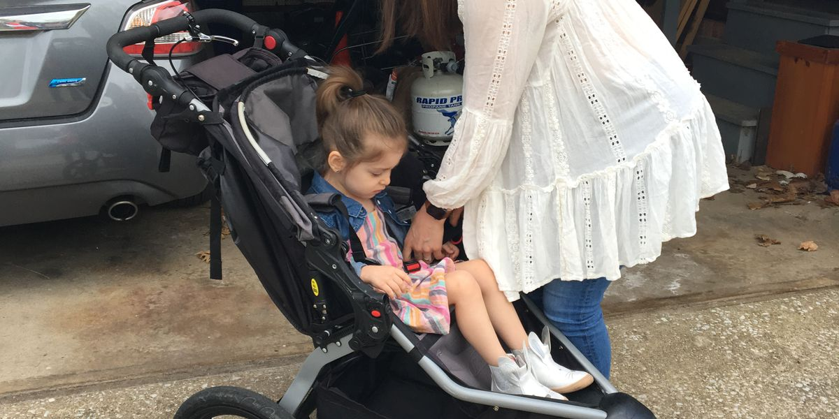 Wheels on popular BOB strollers are coming off while parents are running, but no recalls have been issued