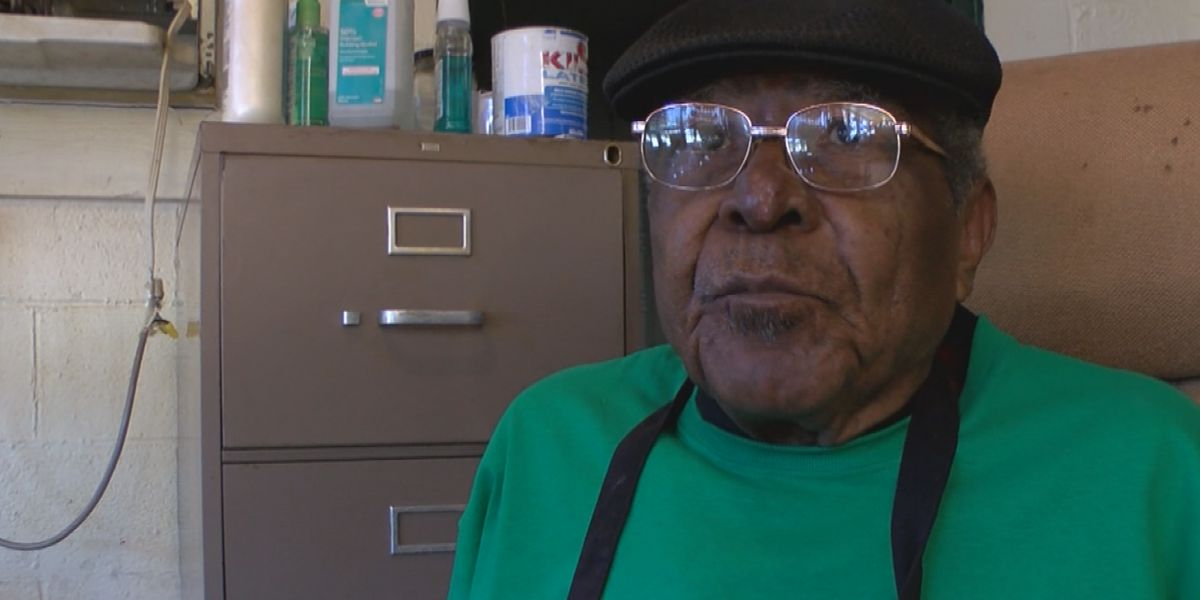 "Community hosts fundraiser to help Hosea ""Big D"" Levingston, owner of Big D's BBQ"