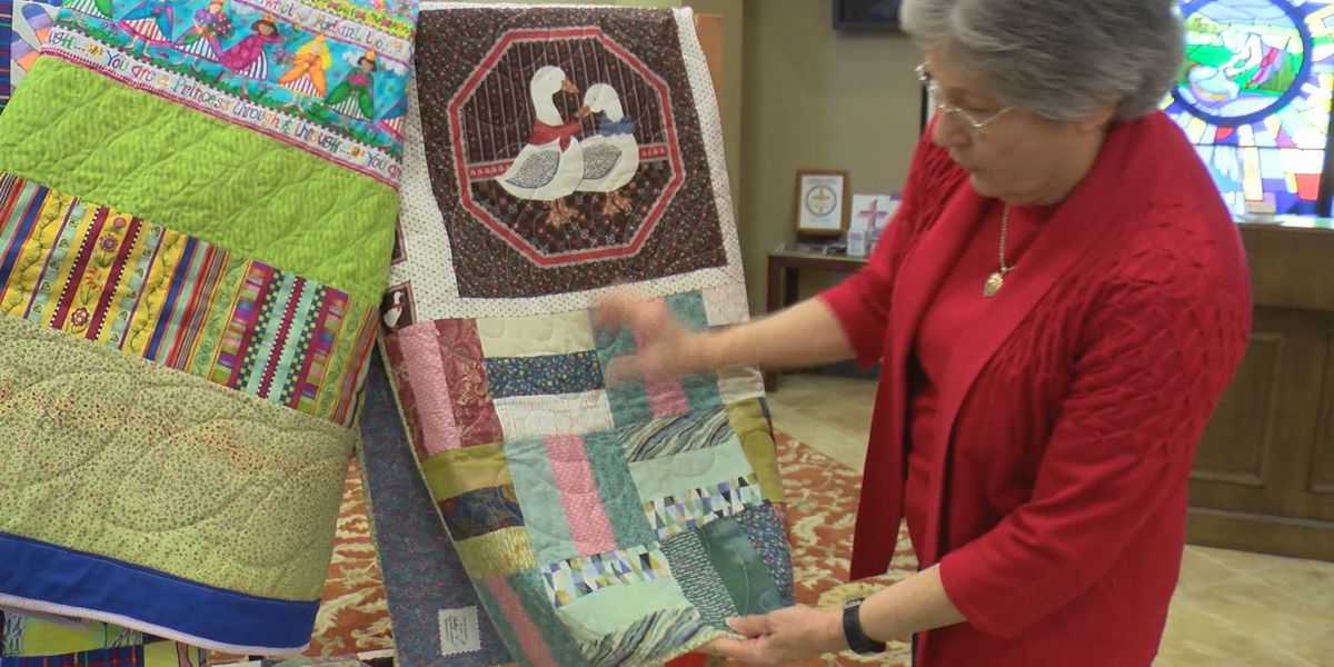 """Quilters make """"love wrappers"""" for special patients"""