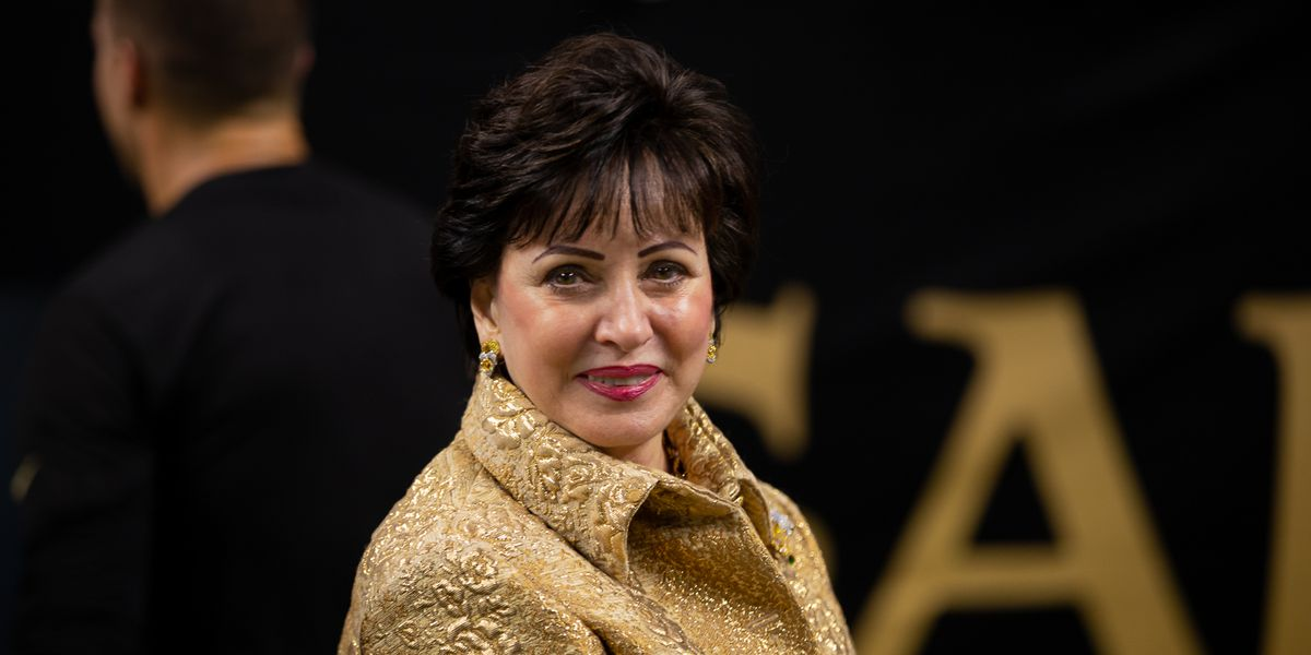 Saints, Pelicans owner Gayle Benson visits practice after sharing she tested positive for COVID-19
