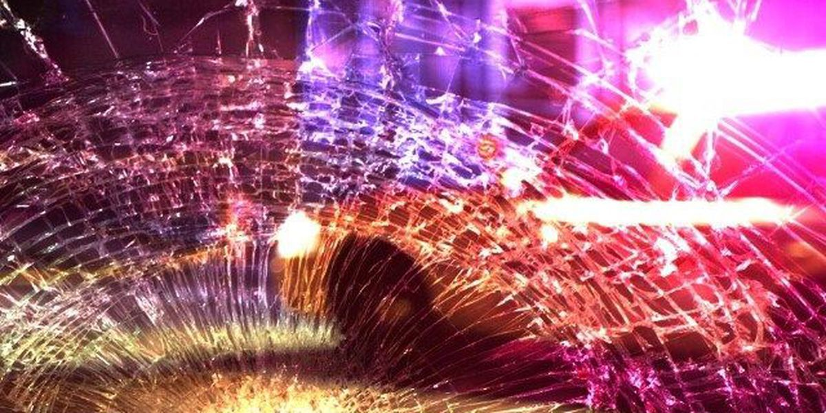 Multiple vehicle crash leaves 1 dead, 1 in serious condition