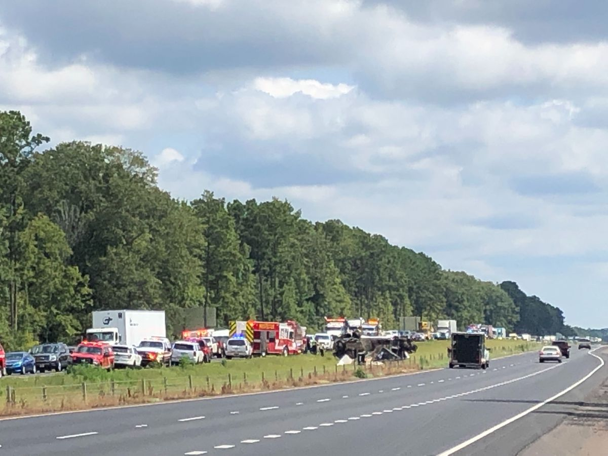 Westbound I-20 near Haughton reopens in wake of wreck