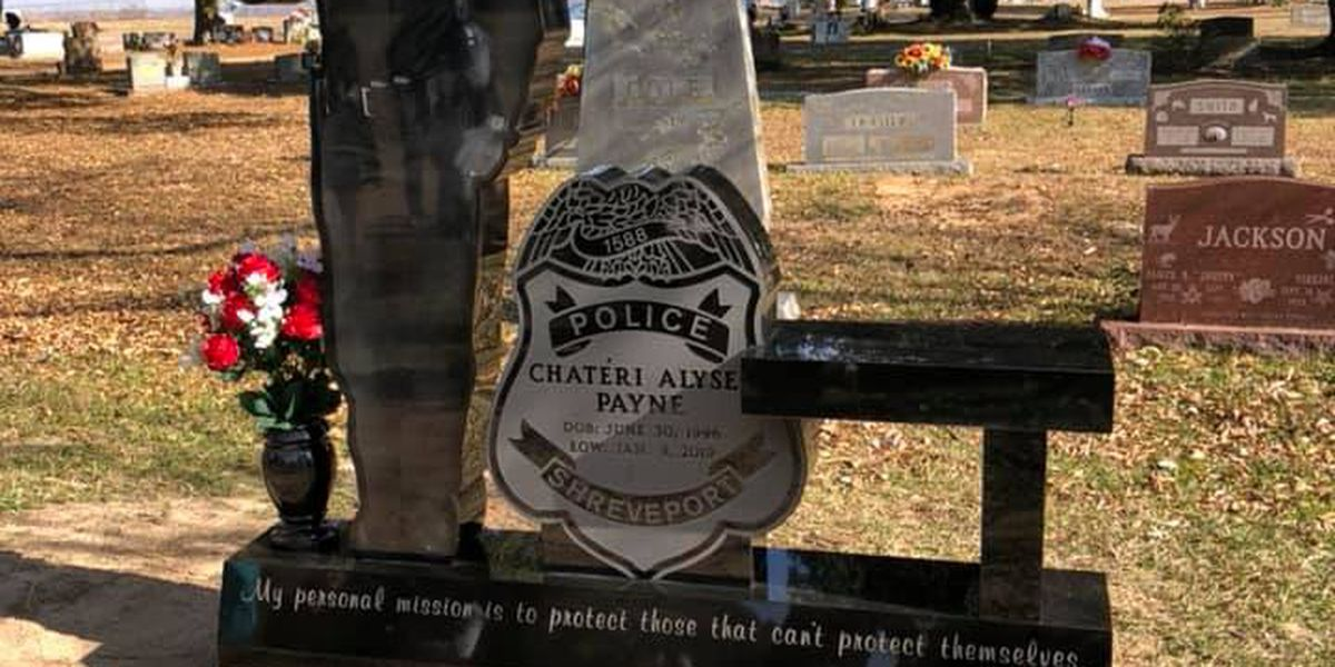 New monument unveiled honoring fallen Shreveport police Officer Chatéri Payne