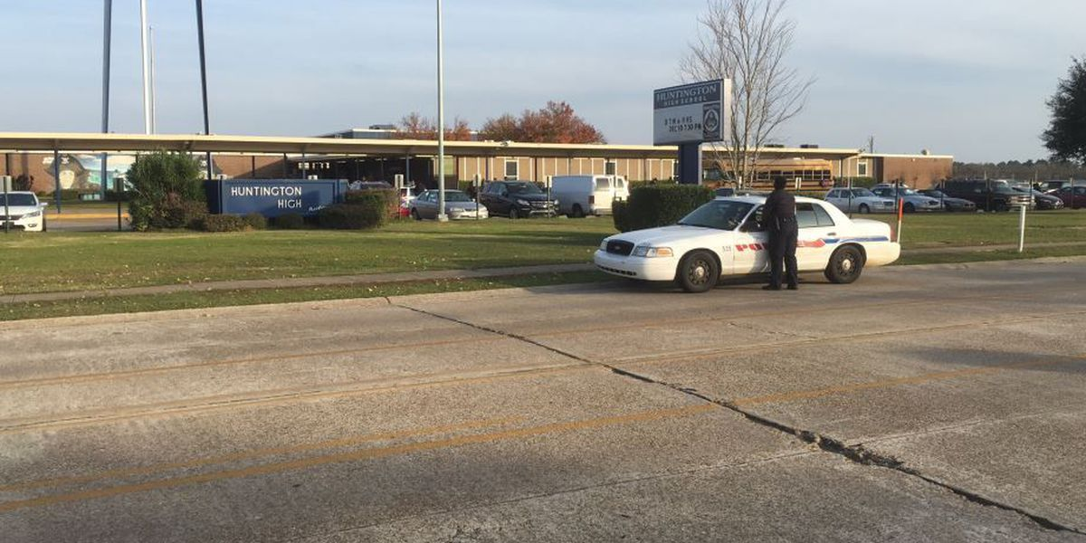 5 arrested after fight at Huntington High School