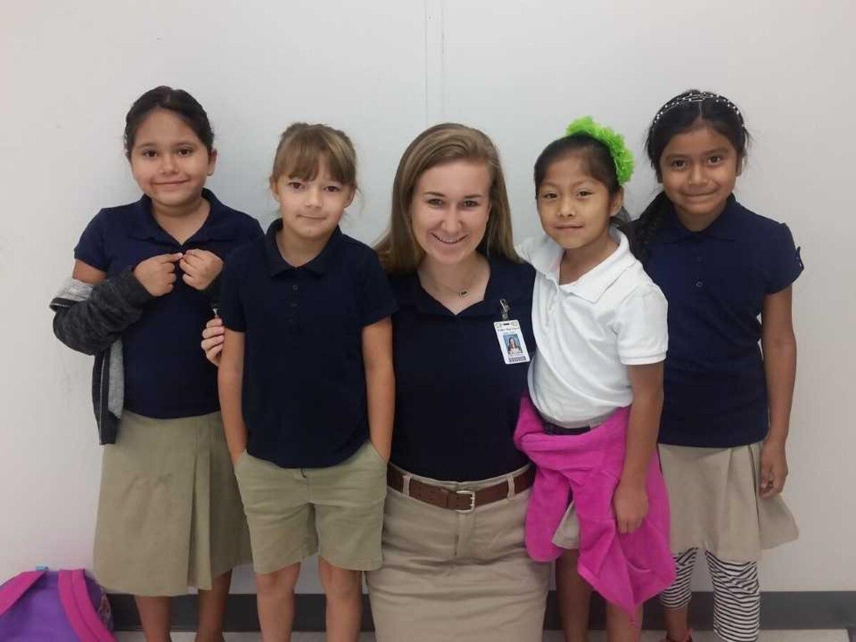 Louisiana senior enhances English language skills in Spanish-speaking students, braids hair through self-created charitable program