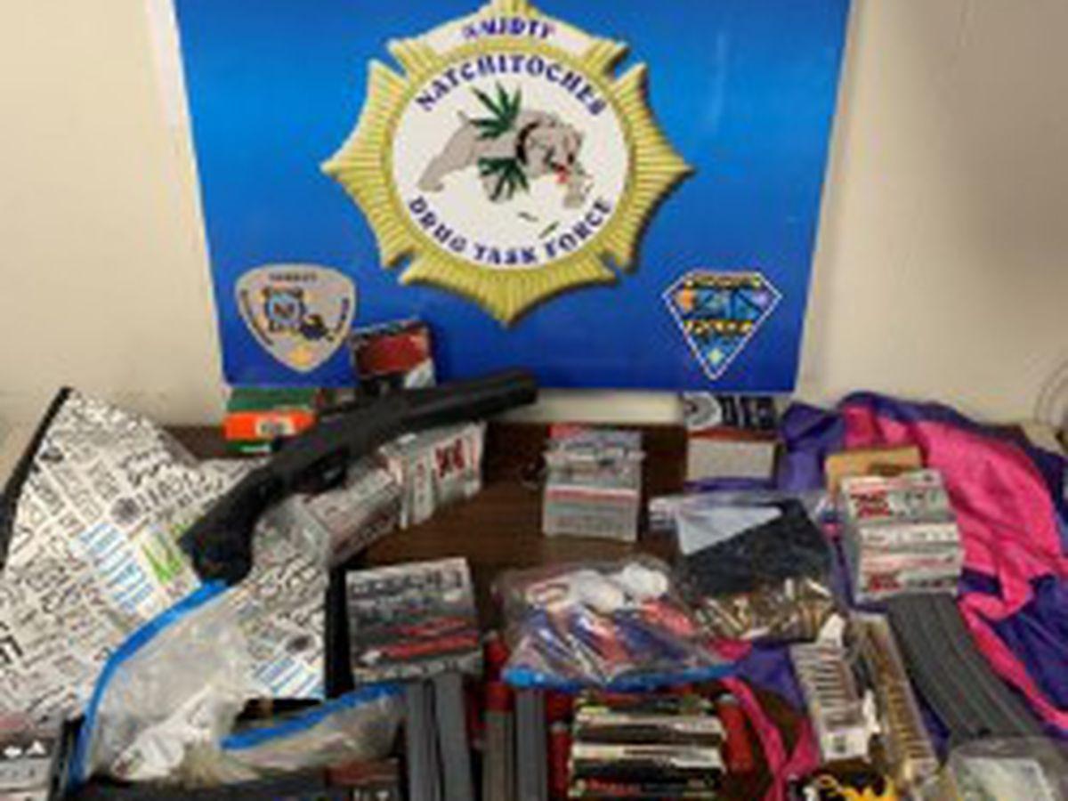 Traffic stop leads to illegal firearms arrest