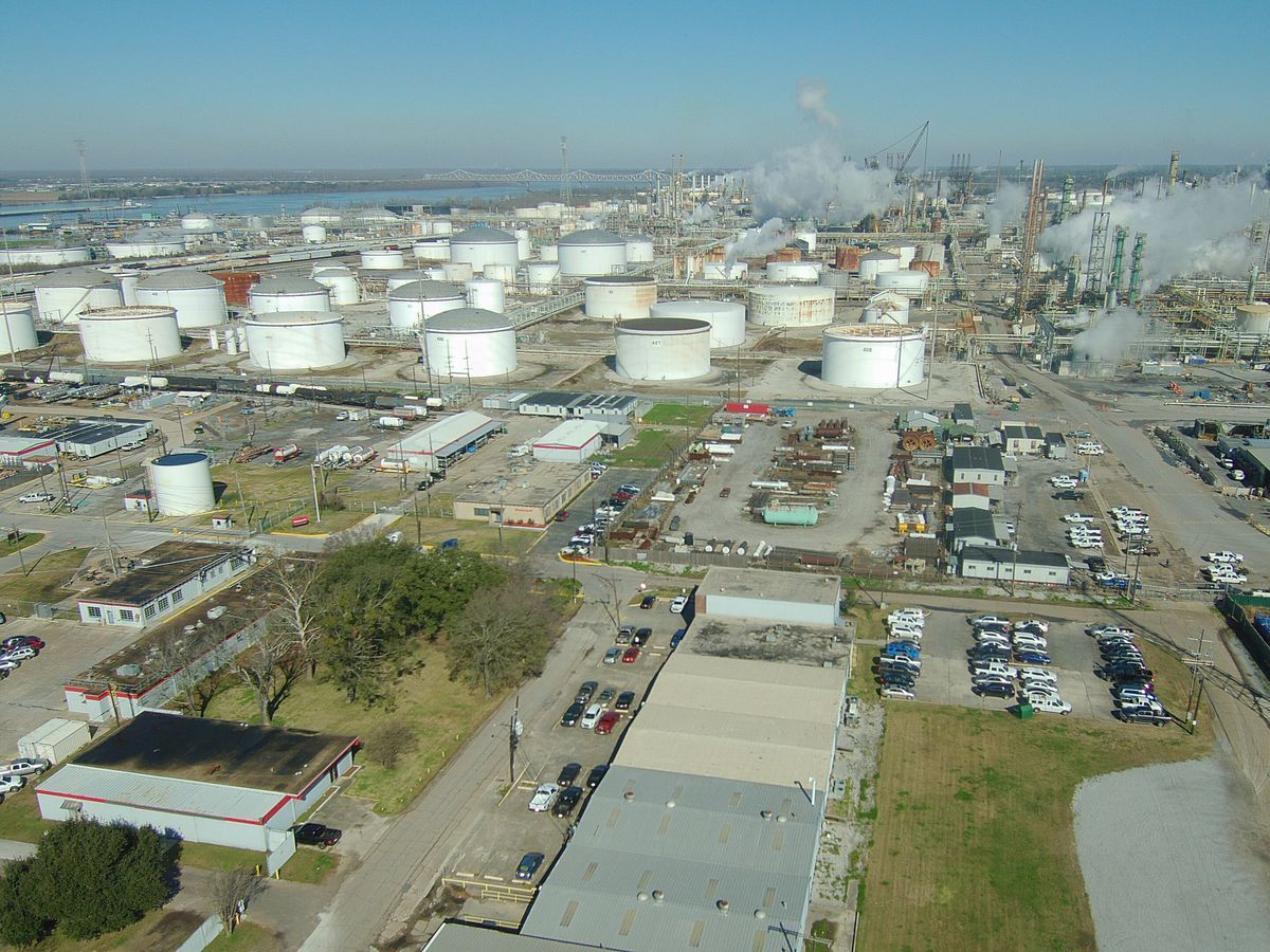 Falling oil prices could impact Louisiana's budget