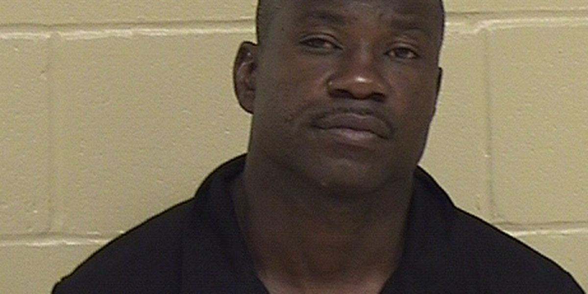 Man wanted for allegedly hitting his ex-girlfriend in the head