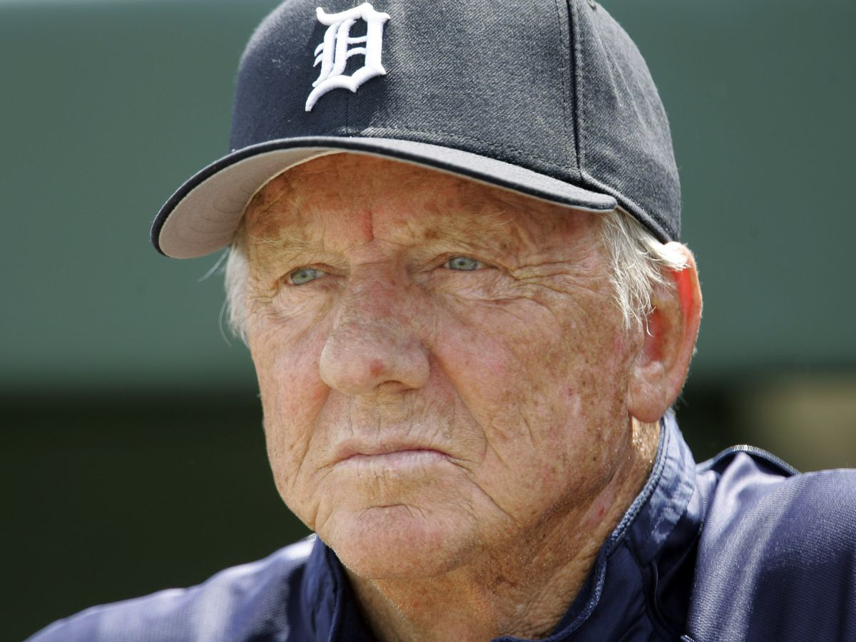 Beloved Detroit Tigers star, Hall of Famer Al Kaline dies at 85