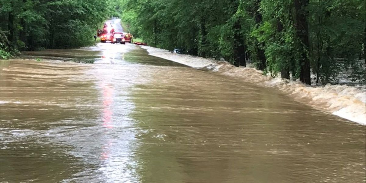 2 children, 2 adults saved from car during Rusk County water rescue