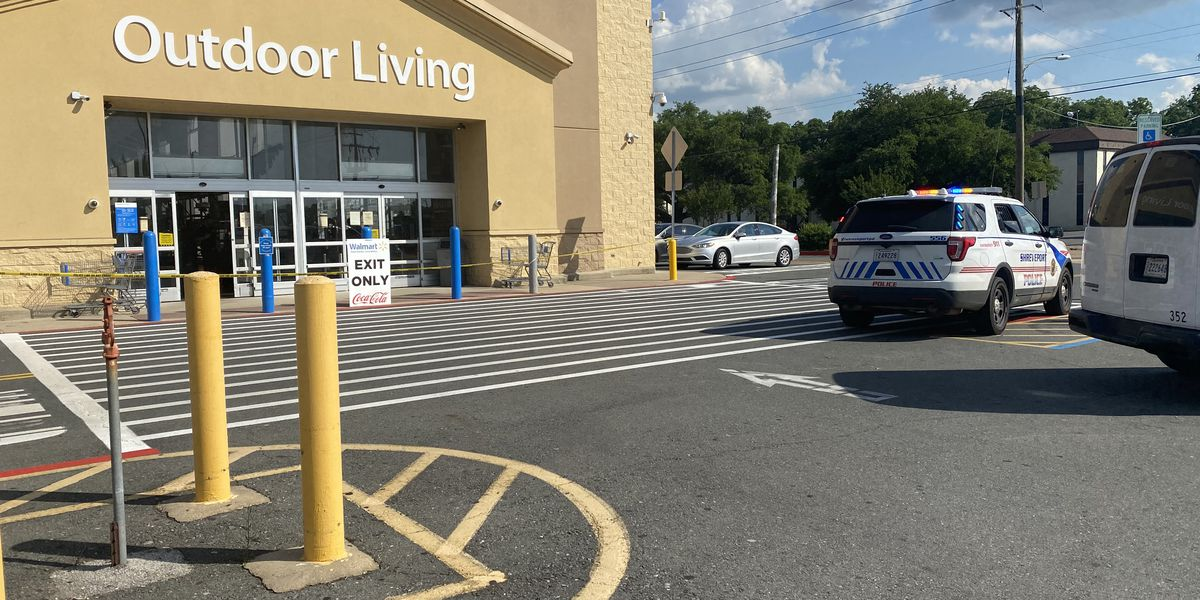 Walmart employees injured; 2 stabbed while attempting to stop alleged shoplifter