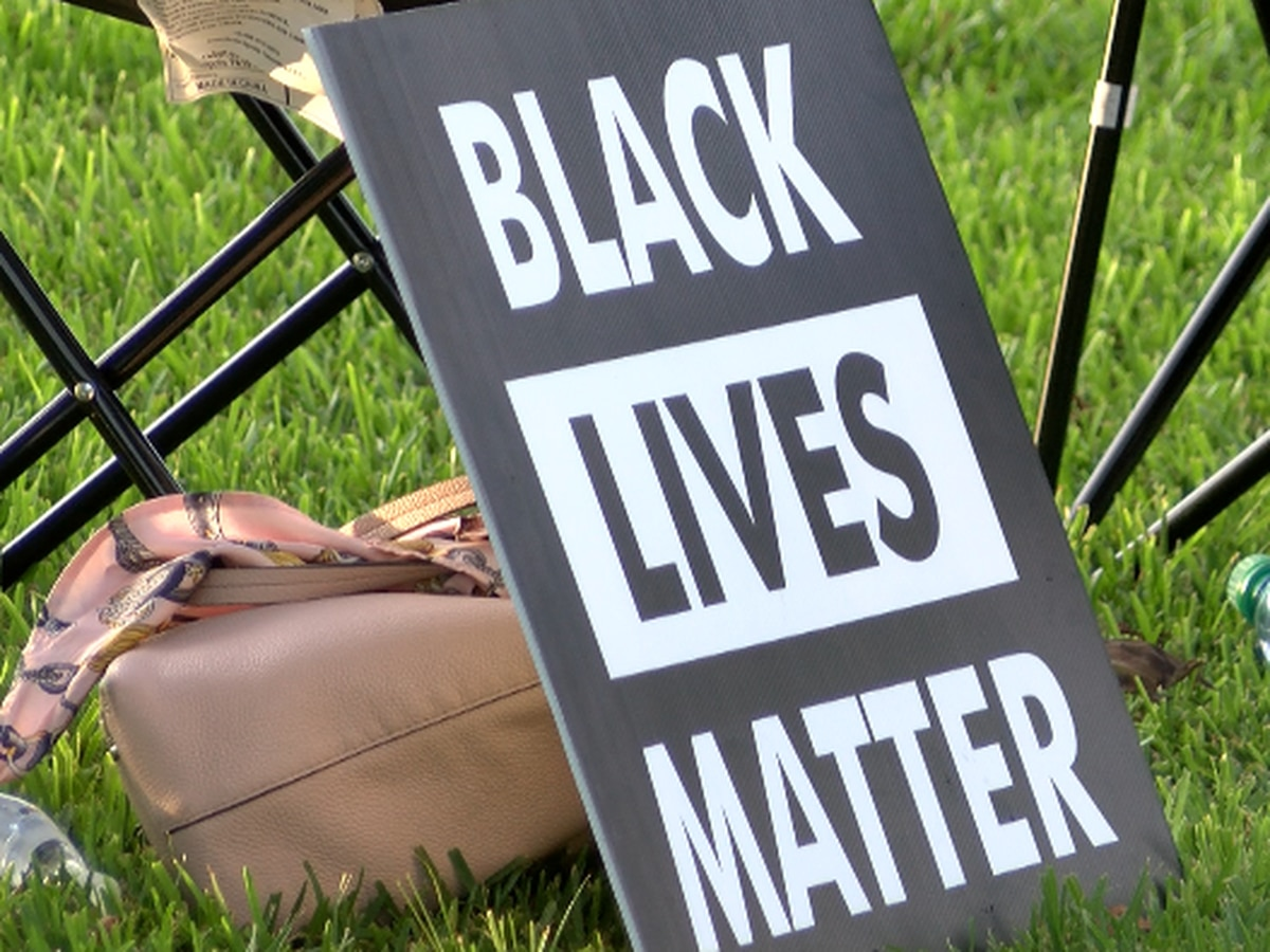 Olympics ban 'Black Lives Matter' apparel, could punish athletes for political demonstrations