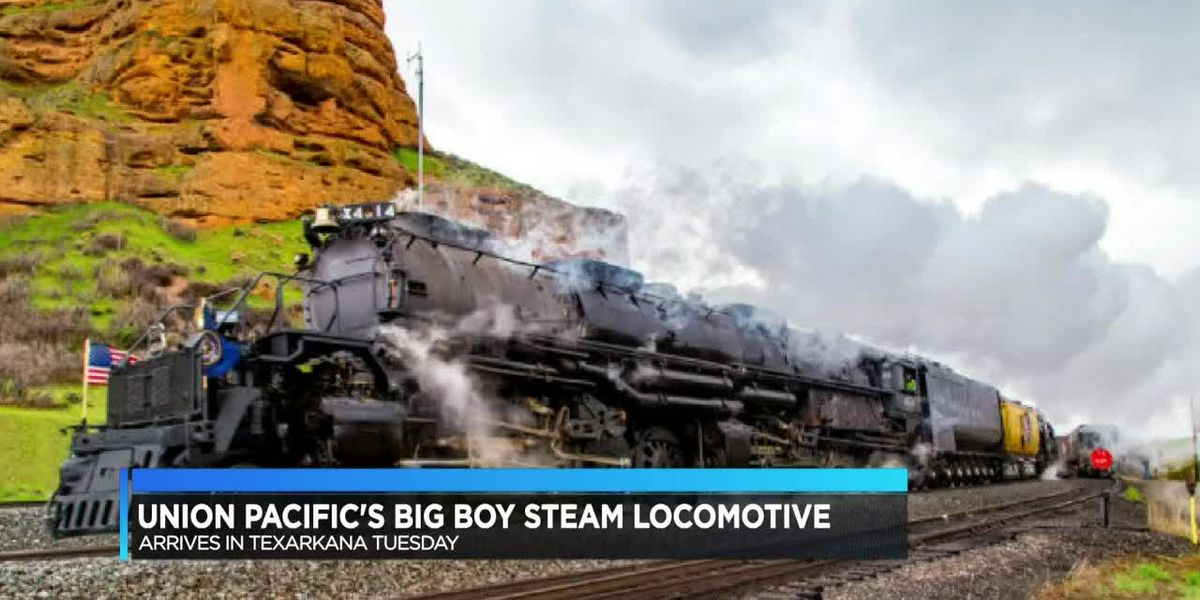 Union Pacific Big Boy Steam locomotive stopping in Texarkana