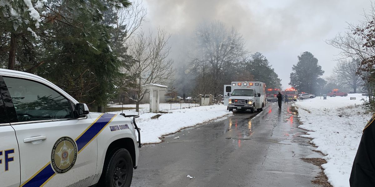 1 adult, 3 children die in Smith County house fire