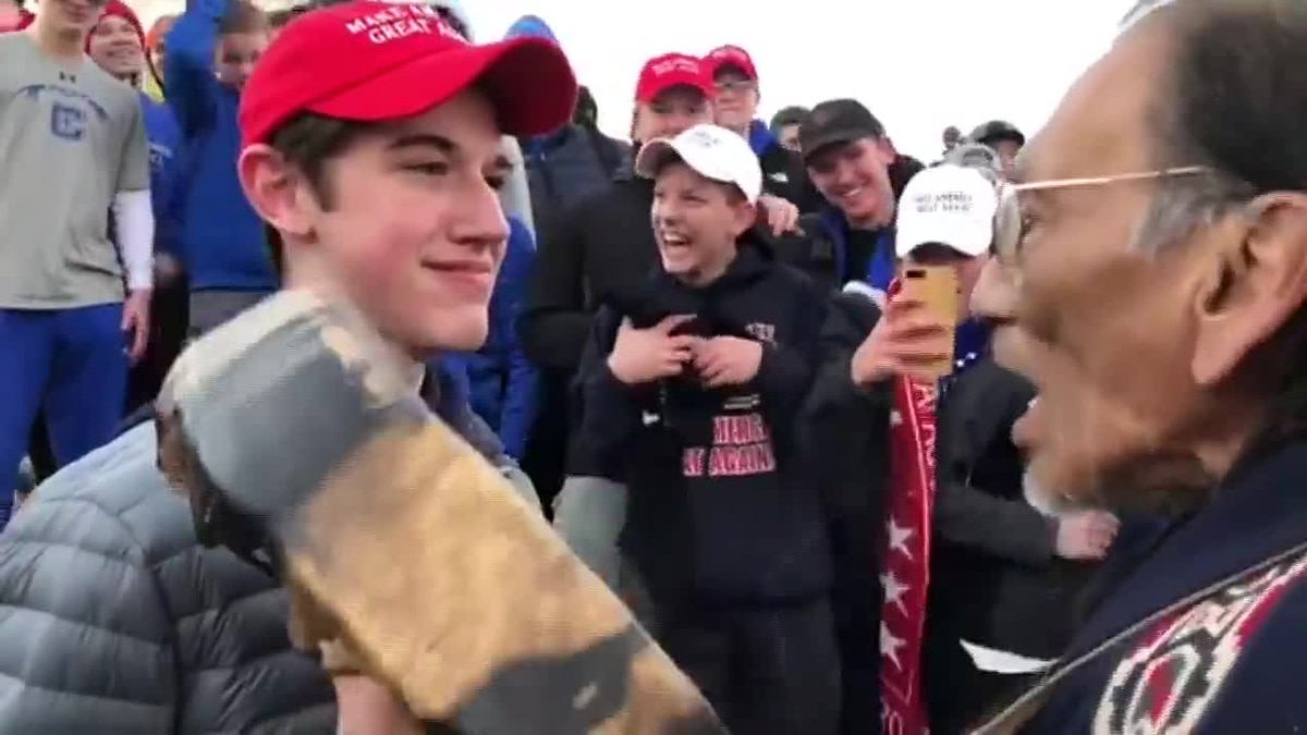 "Native American community demands apology from Kentucky high school after ""disrespectful"" incident at Indigenous Peoples March"