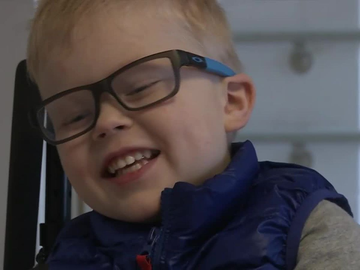 4-year-old boy loves to 'jump' on trampoline in his wheelchair