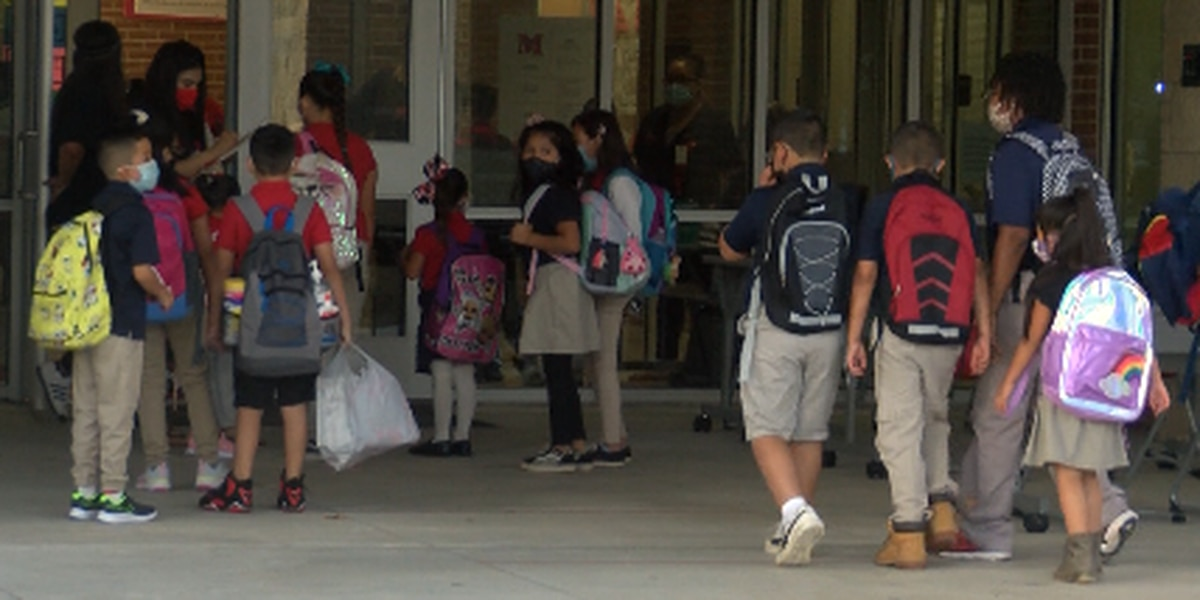 Friday marks final day of virtual learning in ETX school district after some students failing