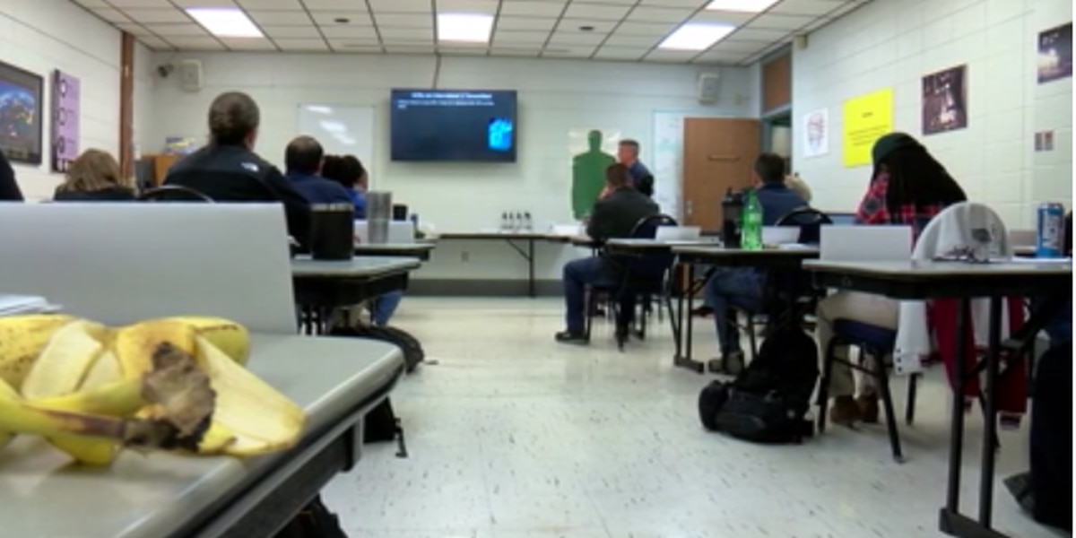 KSLA INVESTIGATES: Shreveport officers undergo crisis intervention training