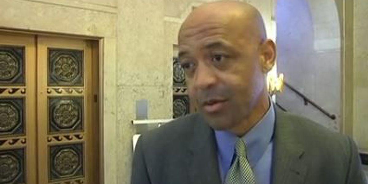 Former SPD detective drops lawsuit against Willie Shaw