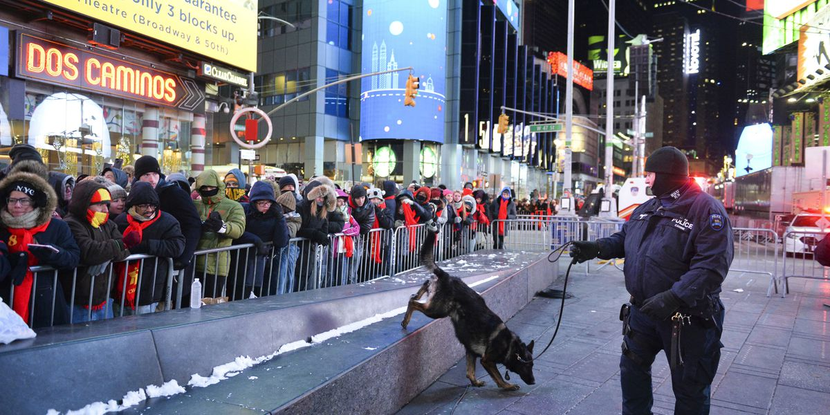 Ring in the new: NYPD drone to oversee Times Square revelry