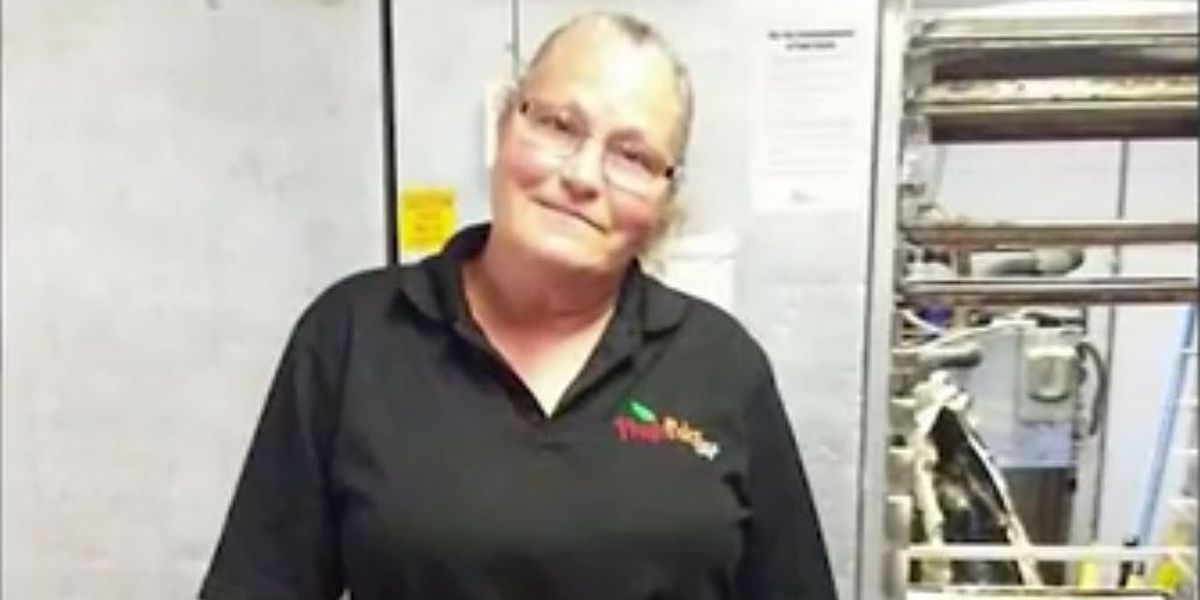 Cafeteria worker says she lost job for giving boy free lunch