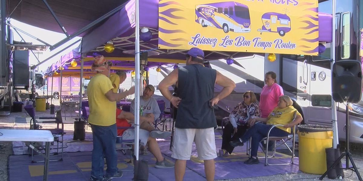 LSU Fans gear up for final home game; Burrow's last at Tiger Stadium