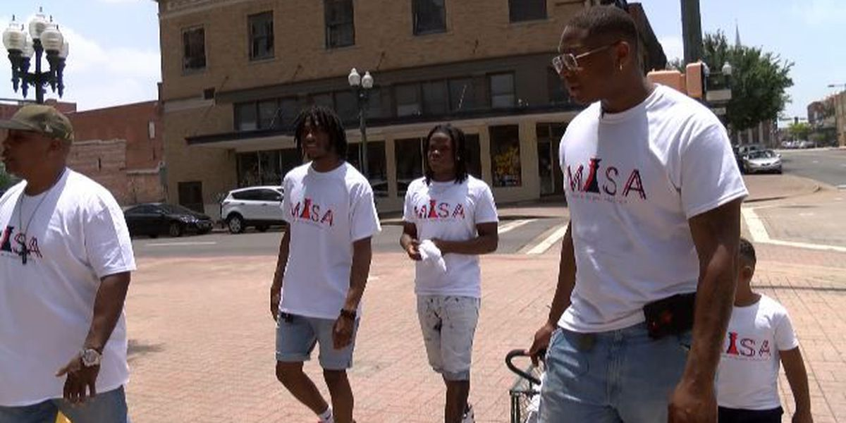Shreveport man dishes out compassion for the homeless