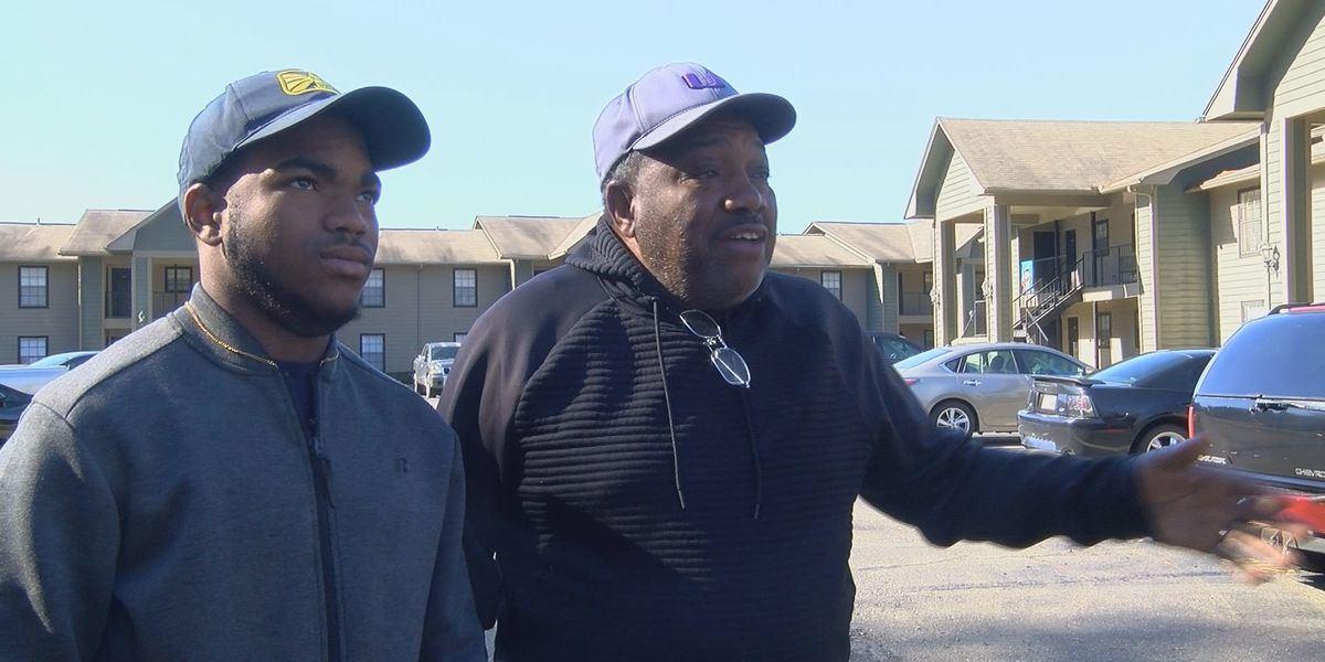 Residents of Shreveport apartment complex want flooded parking lot fixed