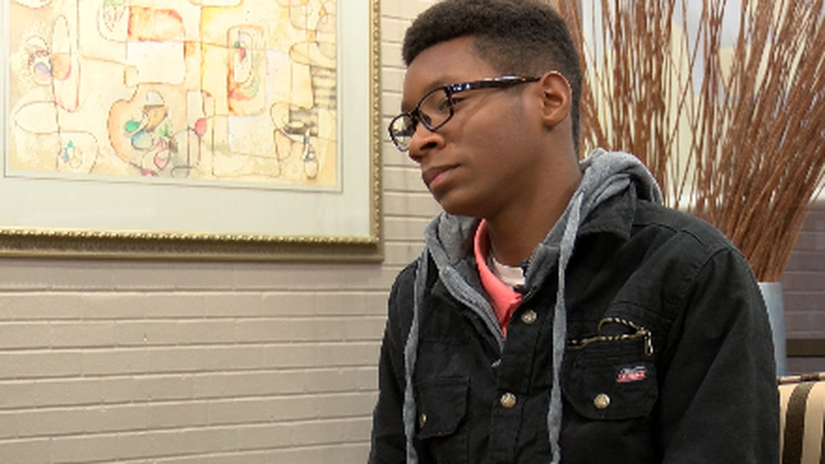 Eighth-grader raising money to purchase more AEDs for his school