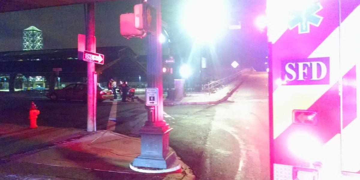 Car, taxi crash in downtown Shreveport