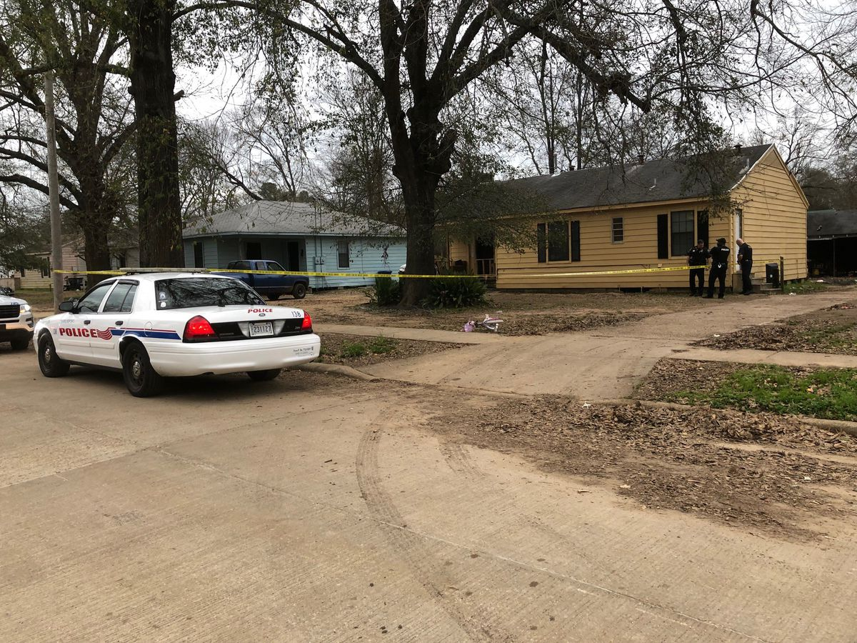 SPD: Man drives himself to hospital after being shot in arm