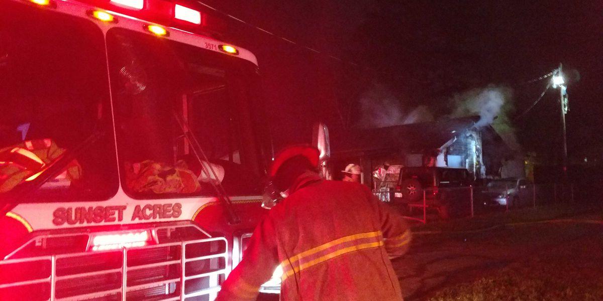 Fire tears through Shreveport home, occupants escape