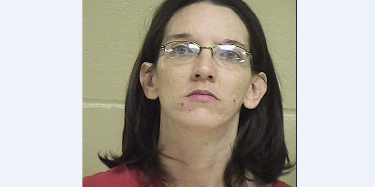 Shreveport mother charged in death of 2-year-old son