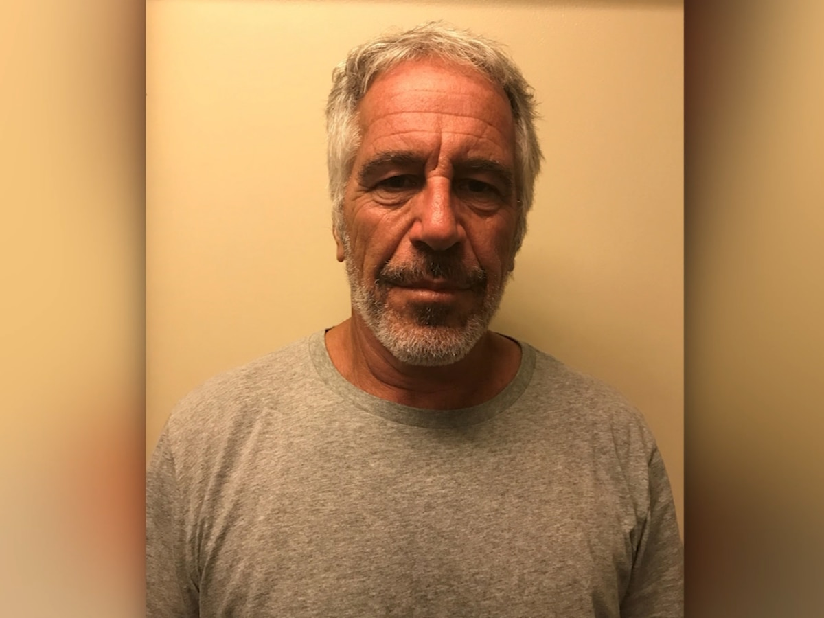 AP Exclusive: Feds backtrack on transfer of Epstein warden