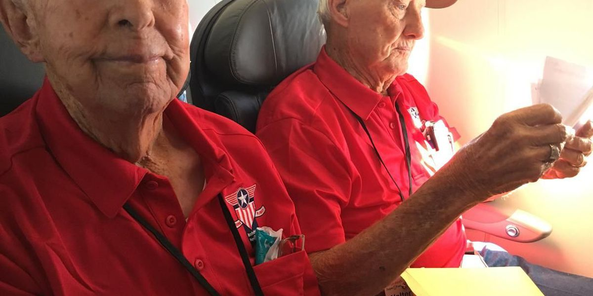 Emotional mail call: Heroes Flight veterans react to letters from loved ones