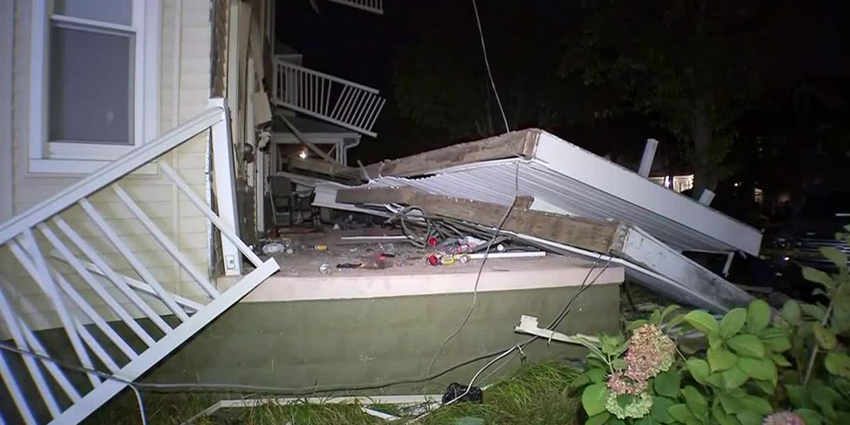 More than 20 injured after decks collapse at firefighter event in N.J.
