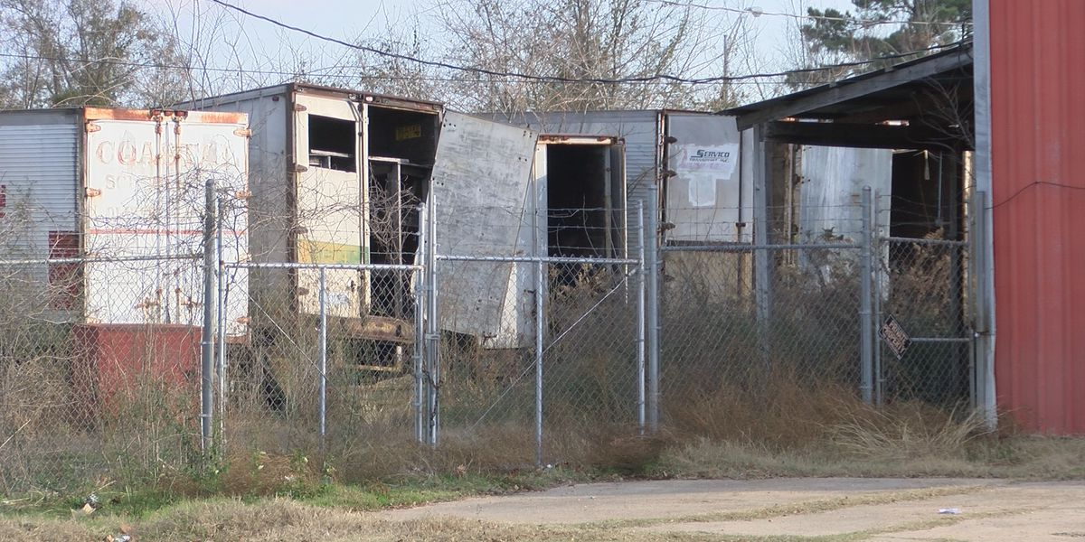 Residents want city to address abandoned properties