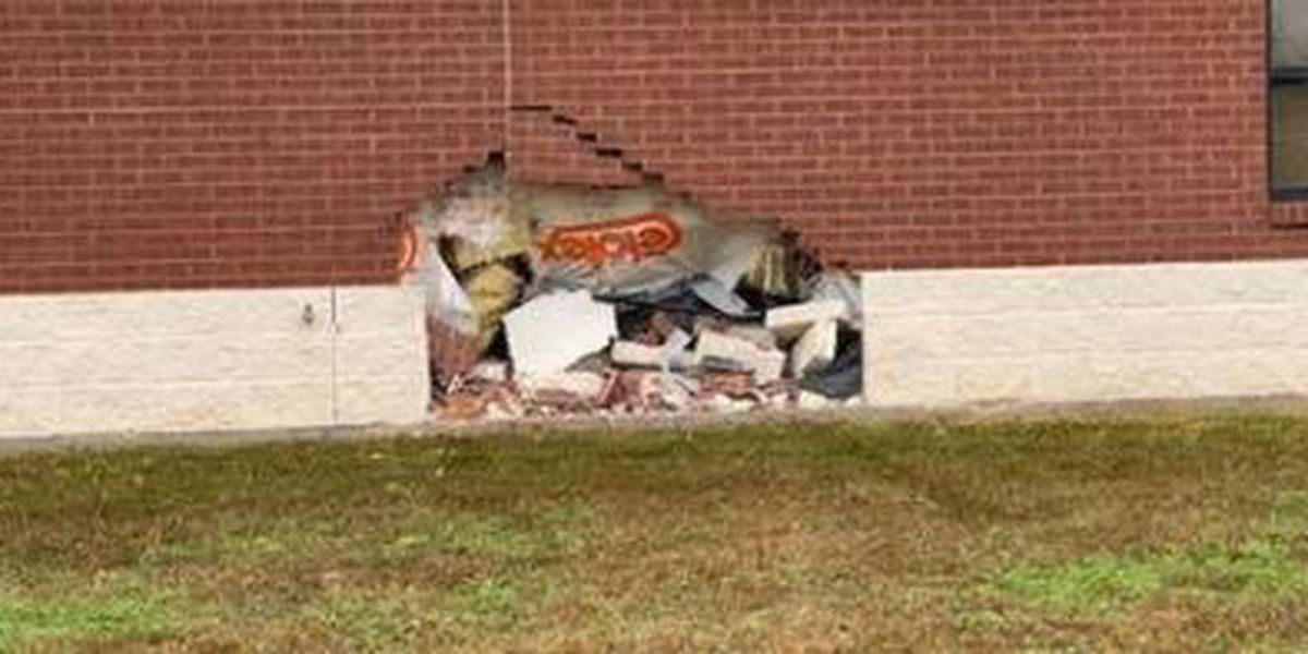 Impaired driver crashes into Louisiana State Police building