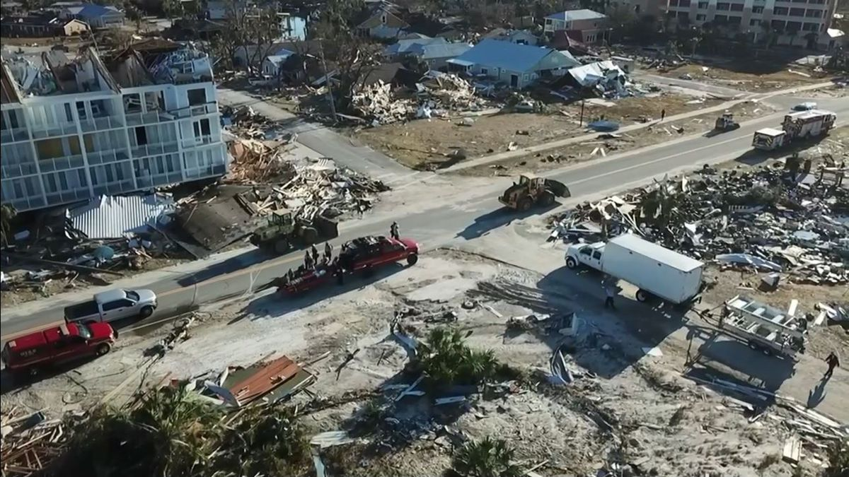 As thousands join Hurricane Michael recovery efforts, many residents remain missing