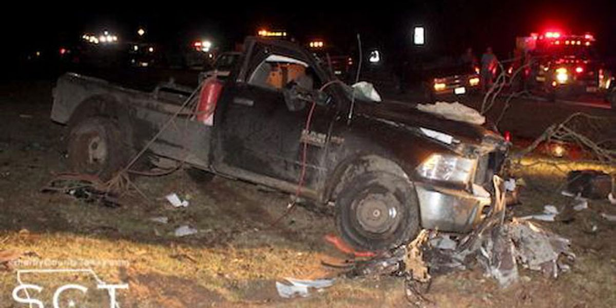 44-year-old Joaquin man dies after truck leaves road, hits tree