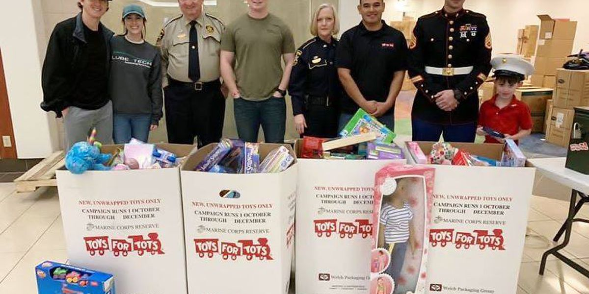 Toys for Tots collect thousands of toys for needy children