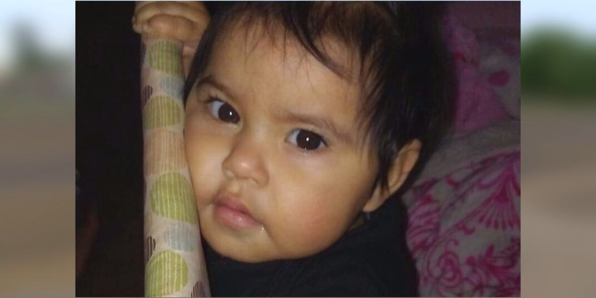 Two-year-old girl killed, two others injured while crossing the street to buy shoes