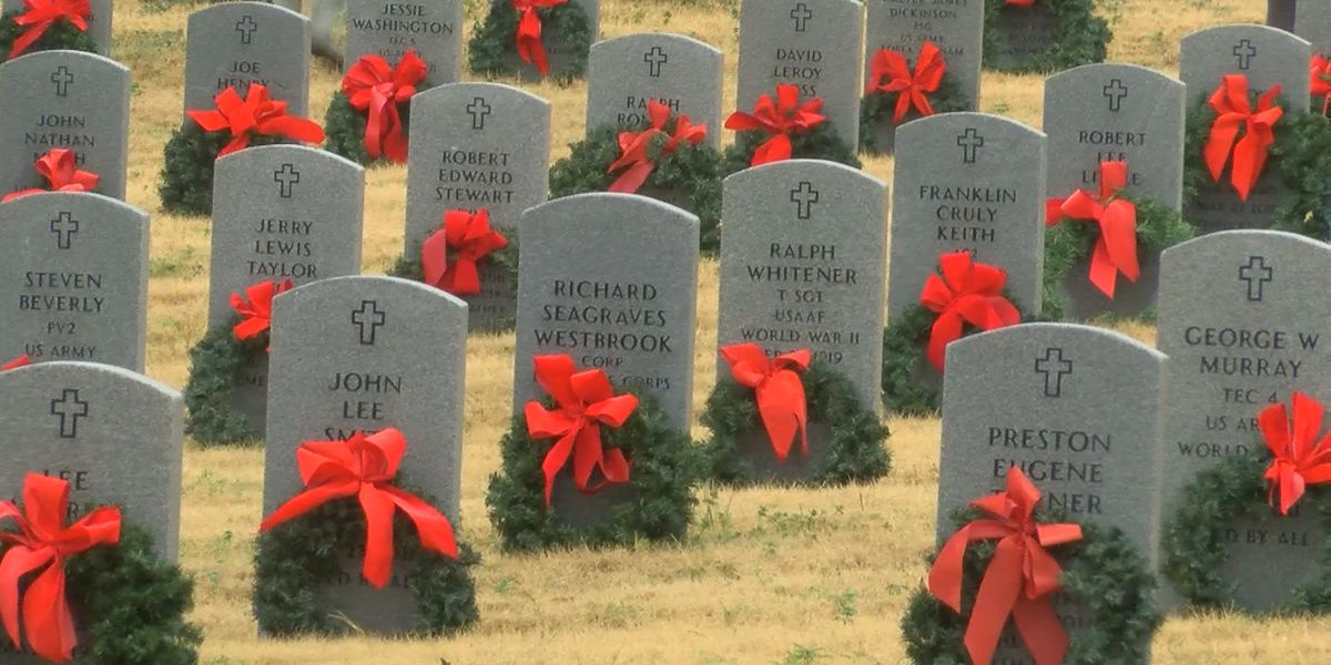 Nearly 2,000 wreaths placed on veterans' graves