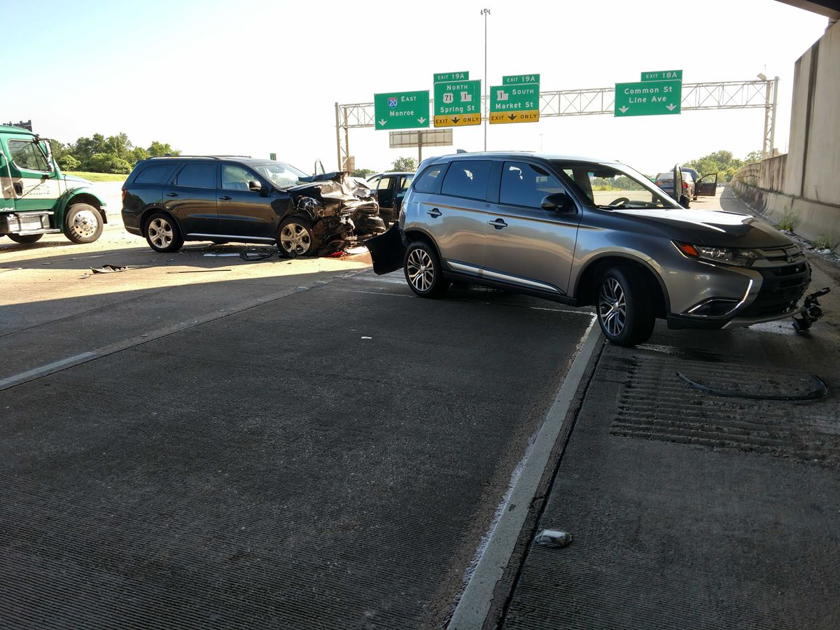 Four vehicle pileup cleared from Interstate 20 east
