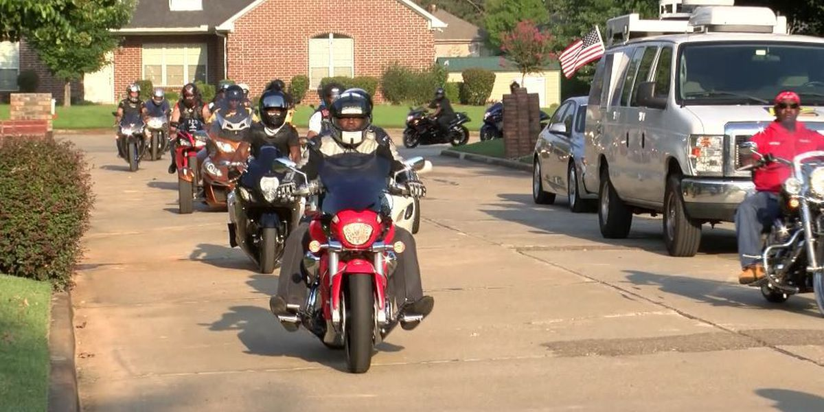 Biker community mourns death of Texarkana motorcyclist